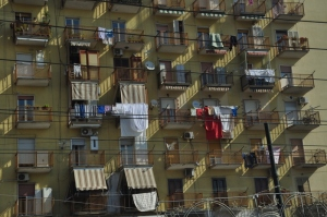 Picture of a building on the way to Pompeii with laundry hanging everywhere. Very typical of Naples and probably most of Europe.