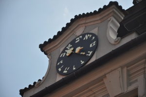 Clock in the Jewish Quarter that operates backwards!